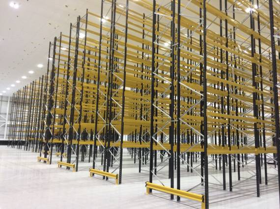 VNA Narrow Aisle Pallet Racking