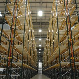 Storax Narrow Aisle Pallet Racking With Timber Decked Shelf Decking