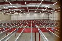 After Installation of the first floor strip lighting, we started the Installation of the 1000m2 Mezzanine Floor..
